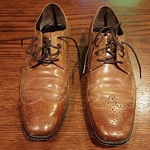 Mens Bostonian distressed wingtips